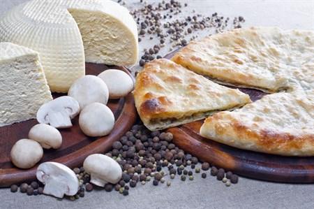 С грибами и сыром, 500 гр. Осетинский пирог  - фото 4601