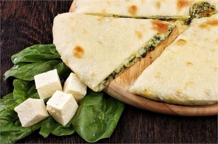 С сыром и шпинатом, 1000 гр. Осетинский пирог - фото 4653