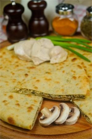 С куриной грудкой, грибами и сыром, 500 гр. Осетинский пирог  - фото 4804