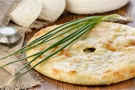 """С сыром и зеленым луком, 1000 гр. Осетинский пирог """"Хъадынзджын"""""""