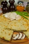 С куриной грудкой, грибами и сыром, 500 гр. Осетинский пирог